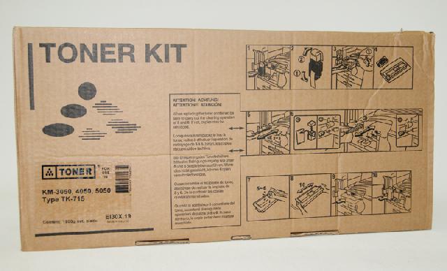Тонер-картридж Elfotec TK-715 + Chip