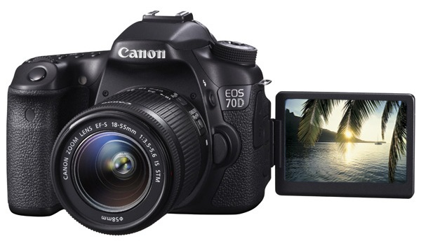 Canon EOS 70D Kit 18-55 IS STM фотоаппарат canon eos 70d kit ef s 18 55 is stm