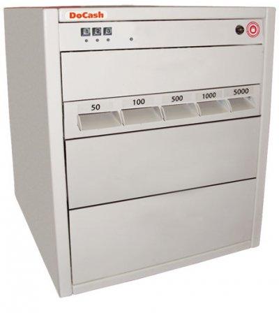 Купить Темпо-касса DoCash Tempo 5SL UPS (5 прорезей) в официальном интернет-магазине оргтехники, банковского и полиграфического оборудования. Выгодные цены на широкий ассортимент оргтехники, банковского оборудования и полиграфического оборудования. Быстрая доставка по всей стране