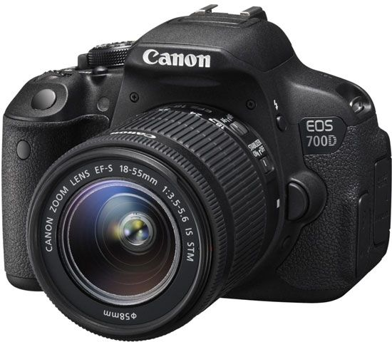 Canon EOS 700D Kit 18-55 IS STM фотоаппарат зеркальный canon eos 77d ef s 18 55 is stm kit