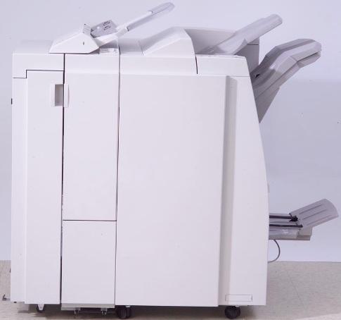 Xerox 450S02866 Профессиональный финишер LPF D5 с брошюровщиком и фолдером Компания ForOffice 877905.000