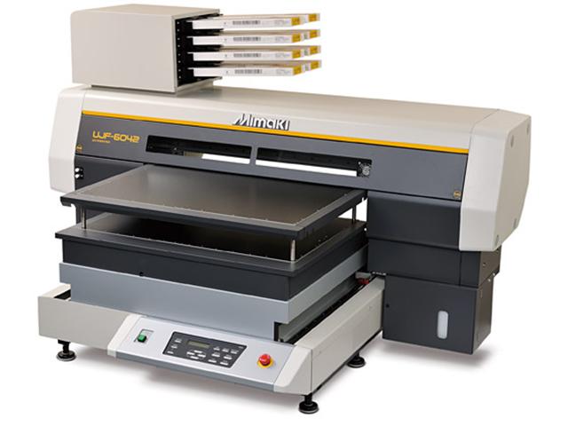 Купить УФ плоттер Mimaki UJF-6042HG в официальном интернет-магазине оргтехники, банковского и полиграфического оборудования. Выгодные цены на широкий ассортимент оргтехники, банковского оборудования и полиграфического оборудования. Быстрая доставка по всей стране