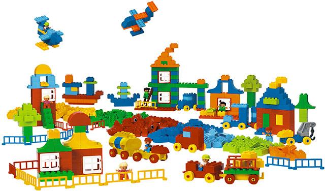 Гигантский набор Lego Duplo
