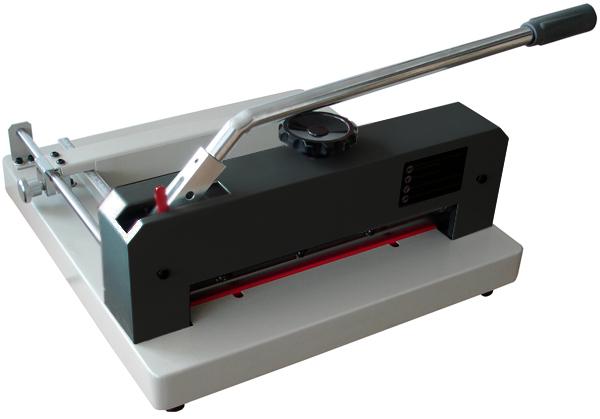 Купить Резак для бумаги Grafalex 320 в официальном интернет-магазине оргтехники, банковского и полиграфического оборудования. Выгодные цены на широкий ассортимент оргтехники, банковского оборудования и полиграфического оборудования. Быстрая доставка по всей стране