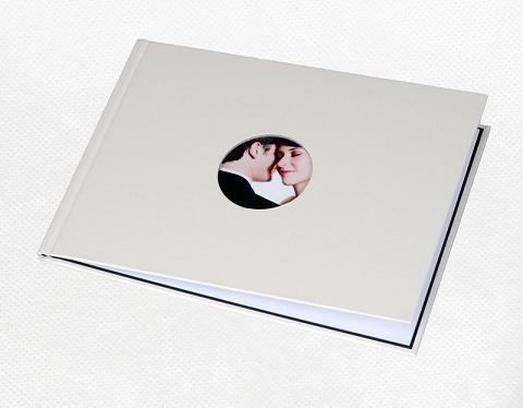 Фотообложка_Unibind альбомная 7 мм, жемчужный корпус с окном №1 Компания ForOffice 506.000
