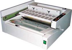Термоклеевая машина Vega PB-2000