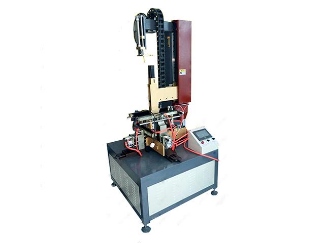 Модуль каширования стенок и загибки клапанов Vektor LD-420