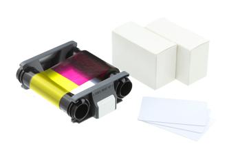 Комплект из цветной ленты и 100 карт для Evolis Badgy CBGP0001C evolis avansia duplex expert smart