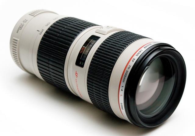 EF 70-200mm f/2.8L USM genuine new canon ef 70 200mm f 2 8l f2 8 l usm telephoto zoom lens