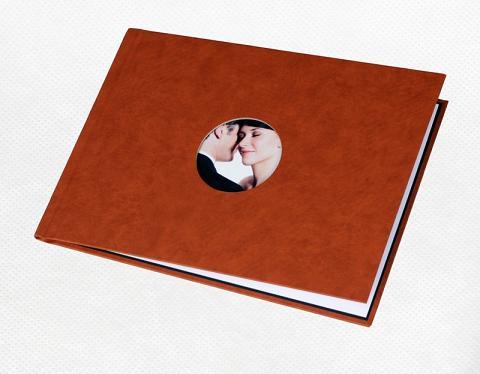 Unibind альбомная 5 мм, песочный корпус с окном №1