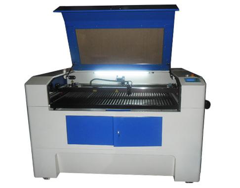 Лазерный гравировальный станок_Vektor KLD-1060 RECI 80 Вт